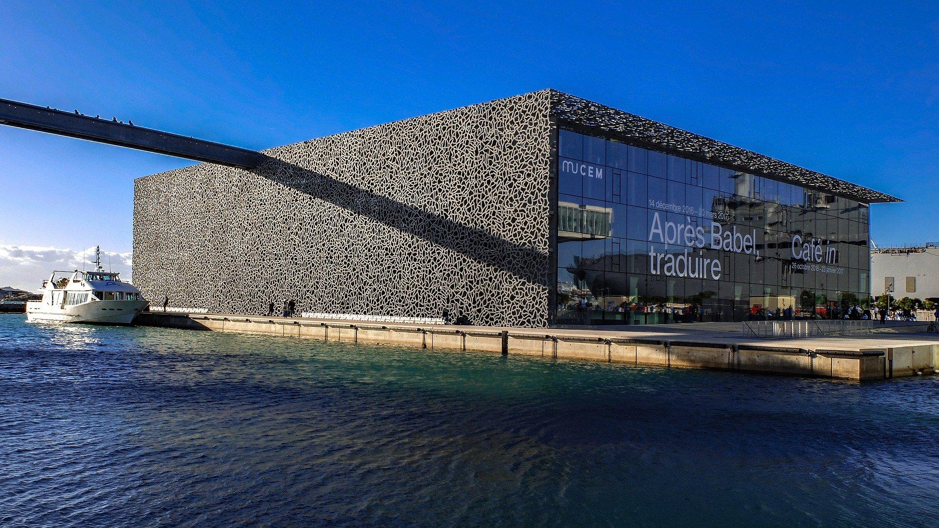 Comment vendre un bien immobilier à Marseille après héritage ?